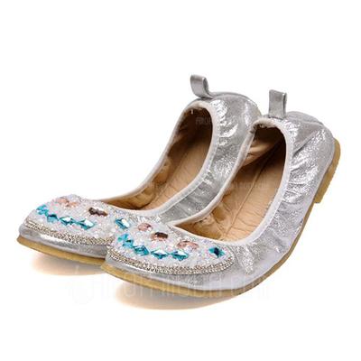 Kunstleder Flascher Absatz Flache Schuhe Geschlossene Zehe mit Strass Schuhe (086051322)