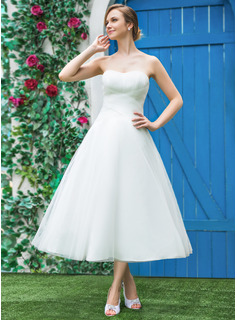A-Line/Princess Sweetheart Tea-Length Tulle Wedding Dress With Ruffle (002042289)