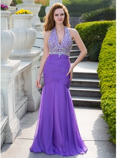 Trumpet/Mermaid Halter Floor-Length Chiffon Prom Dress With Ruffle Beading (018024655)