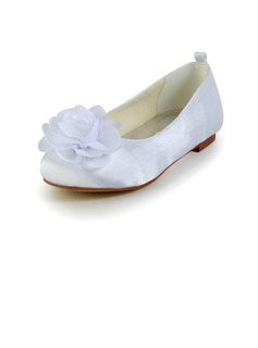 Kids' Satin Flat Heel Closed Toe Flats With Satin Flower (047031805)
