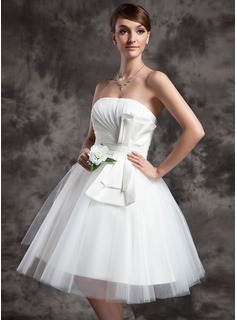 A-Line/Princess Strapless Knee-Length Satin Tulle Wedding Dress With Ruffle Bow(s) (002024070)