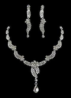 Pretty Alloy With Rhinestone Ladies' Jewelry Sets (011006362)