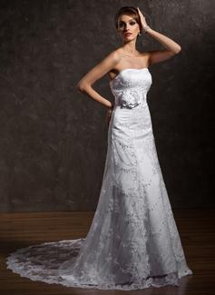 A-Linie/Princess-Linie Herzausschnitt Hof-schleppe Spitze Brautkleid mit Perlen verziert Blumen (002011635)