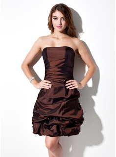 Cheap Homecoming Dresses A-Line/Princess Sweetheart Knee-Length Taffeta Homecoming Dress With Ruffle (022010267)