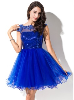 A-Line/Princess Scoop Neck Short/Mini Tulle Sequined Prom Dresses With Beading Appliques Lace (018046234)