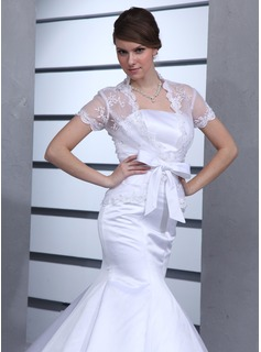 Short Sleeve Lace Wedding Wrap (013022589)