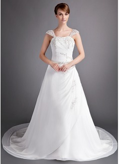 A-Line/Princess Sweetheart Chapel Train Chiffon Wedding Dress With Ruffle Beading Appliques Lace (002012698)