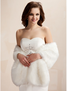 Faux Fur Wedding Shawl (013020426)