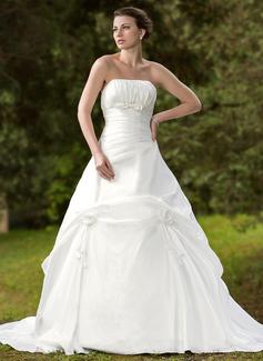 Ball-Gown Strapless Chapel Train Taffeta Wedding Dress With Ruffle Bow(s) (002001255)
