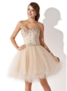 Formal Dresses A-Line/Princess Sweetheart Knee-Length Satin Tulle Homecoming Dress With Beading (022009621)