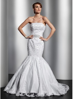 Trumpet/Mermaid Strapless Chapel Train Satin Tulle Wedding Dress With Lace Beading (002014821)