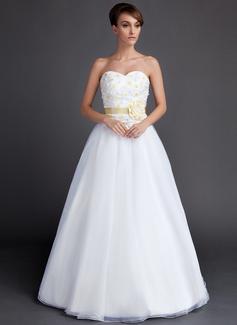 A-Line/Princess Sweetheart Floor-Length Organza Wedding Dress With Sash Flower(s) (002015901)
