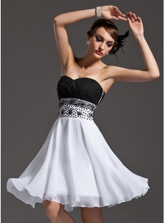 Formal Dresses A-Line/Princess Sweetheart Knee-Length Chiffon Cocktail Dress With Ruffle Beading Sequins (016008473)