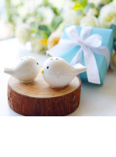 Love Birds Salt and Pepper Shakers Set in Tiffany Blue GiftBox (Set of 2) (051178598)