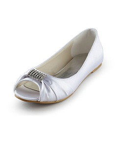 Frauen Satin Flascher Absatz Peep Toe Sandalen mit Strass (047014110)