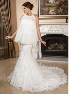 Trumpet/Mermaid Sweetheart Chapel Train Satin Tulle Wedding Dress With Lace (002012066)