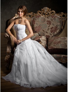 A-Line/Princess Sweetheart Court Train Organza Satin Wedding Dress With Ruffle Lace Beading (002012207)