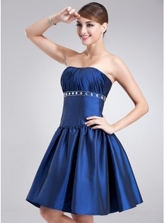A-Line/Princess Strapless Short/Mini Taffeta Cocktail Dress With Ruffle Beading (016002424)
