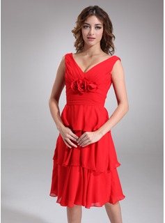 Cheap Bridesmaid Dresses A-Line/Princess V-neck Knee-Length Chiffon Bridesmaid Dress With Ruffle Flower(s) (007000938)