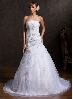 Ball-Gown Strapless Chapel Train Organza Wedding Dress With Ruffle Lace Sequins (002015164)