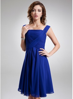 Cocktail Dresses A-Line/Princess Square Neckline Knee-Length Chiffon Cocktail Dress With Ruffle (016005845)
