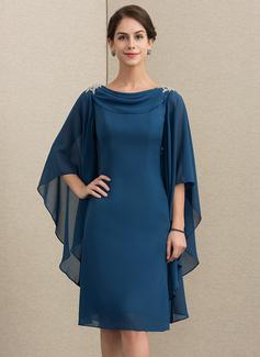 Etui-Linie Wasserfallausschnitt Knielang Chiffon Kleid für die Brautmutter mit Perlstickerei (008152156)