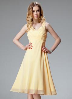 A-Linie/Princess-Linie V-Ausschnitt Knielang Chiffon Brautjungfernkleid mit Rüschen (007051860)