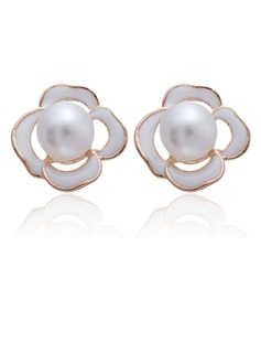 Shining Alloy With Crystal Ladies' Earrings (011027297)