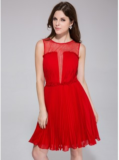 A-Line/Princess Scoop Neck Knee-Length Chiffon Holiday Dress With Flower(s) Pleated (020037388)