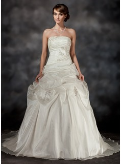Ball-Gown Strapless Court Train Organza Wedding Dress With Ruffle Lace Beading (002017423)