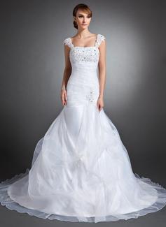Trumpet/Mermaid Sweetheart Chapel Train Organza Satin Wedding Dress With Ruffle Lace Beading Sequins (002015142)