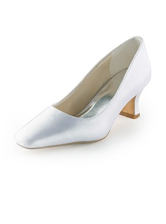 Women's Satin Spool Heel Closed Toe (047005395)