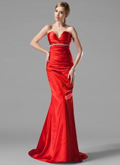 Trompete/Meerjungfrau-Linie V-Ausschnitt Sweep/Pinsel zug Charmeuse Abendkleid mit Rüschen Perlen verziert (017002534)