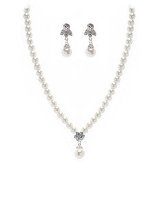 Elegant Alloy/Pearl Women's Jewelry Sets (011027698)