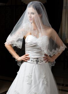 One-tier Waltz Bridal Veils With Lace Applique Edge (006034320)