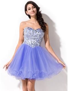 A-Line/Princess Sweetheart Short/Mini Tulle Prom Dress With Beading (018046231)