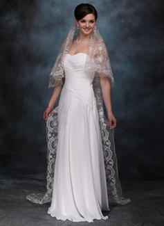 Een-rij Kapel Bruids Sluiers met Geschulpte Rand (006005411)