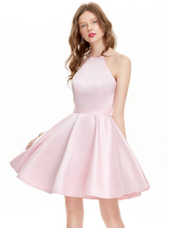A-Line/Princess Scoop Neck Short/Mini Satin Prom Dresses (018133412)
