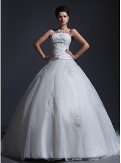 Ball-Gown Strapless Chapel Train Organza Satin Wedding Dress With Lace Beadwork (002017382)