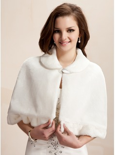 Faux Fur Wedding Wrap (013005751)