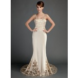 Trumpet/Mermaid Chapel Train Charmeuse Wedding Dress With Lace (002015727)