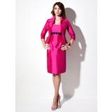 Sheath/Column Strapless Knee-Length Taffeta Bridesmaid Dress With Lace Sash (007001458)