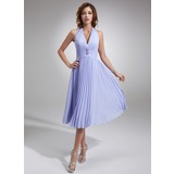 A-Line/Princess Halter Knee-Length Chiffon Bridesmaid Dress With Beading Pleated (007001067)