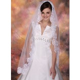 One-tier Fingertip Bridal Veils With Lace Applique Edge (006003843)
