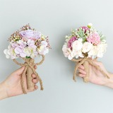 Éclosion Rond Tissu/D'emulational baies Bouquets de demoiselle d'honneur - (123205649)