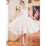 A-linjeformat Rund-urringning Tea-lång Satäng Spetsar Bröllopsklänning med Pärlbrodering Blomma (or) Paljetter (002047375)