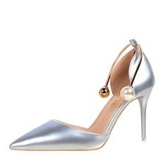 Frauen Kunstleder Stöckel Absatz Absatzschuhe Geschlossene Zehe mit Nachahmungen von Perlen Schuhe (085122719)