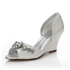 Frauen Satin Keil Absatz Peep Toe Sandalen Färbbare Schuhe mit Strass (047088641)