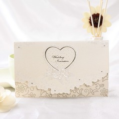 Heart Stil Tri-Fold Invitation Cards (Sett Av 50) (114032375)