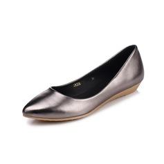 Kvinner Lær Kile Hæl Flate sko Lukket Tå sko (086094918)